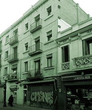 Reforma de local comercial en la Plaça de la Llibertat de Barcelona
