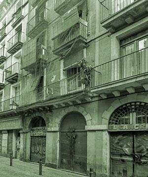 Refuerzo estructural de un edificio de viviendas en el barrio del Raval de Barcelona